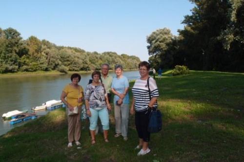 1 Ceglediekkel a Tisza parton